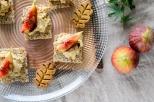 いちじくとベジスモークチーズのバルサミコソースカナッペ、ヘンプ落ち葉クッキー